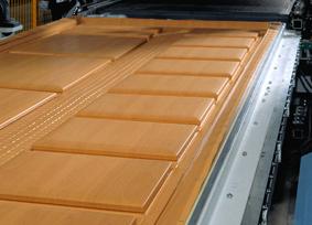 oczyszczarka ROBA Profi Clean idealnie nadaje się do oczyszczania z resztek kleju laminowanych elementów mebl